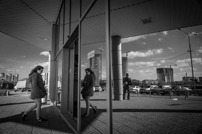 Фотовыставка Новосибирск строится