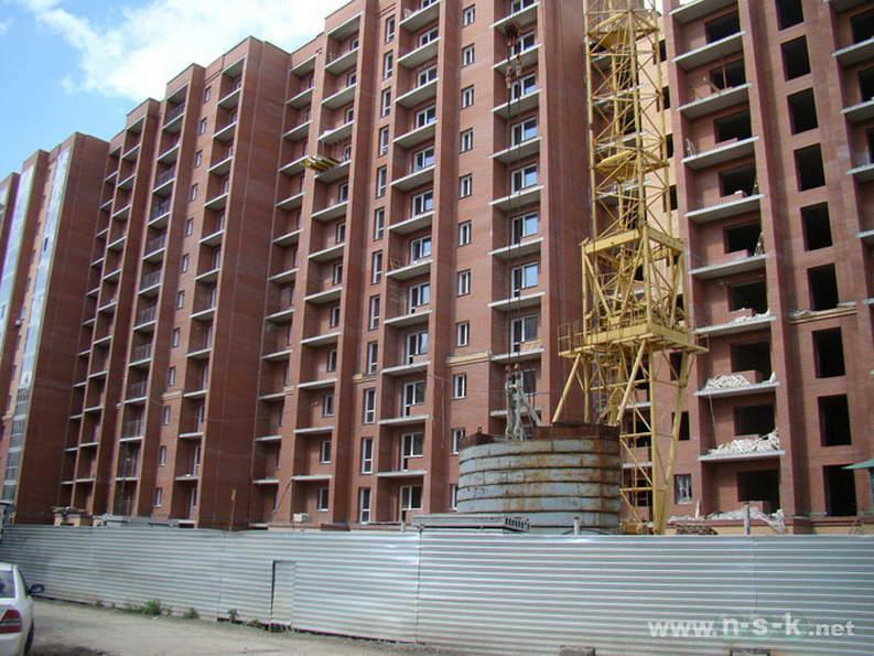 Кавалерийская, 9 фото как строится
