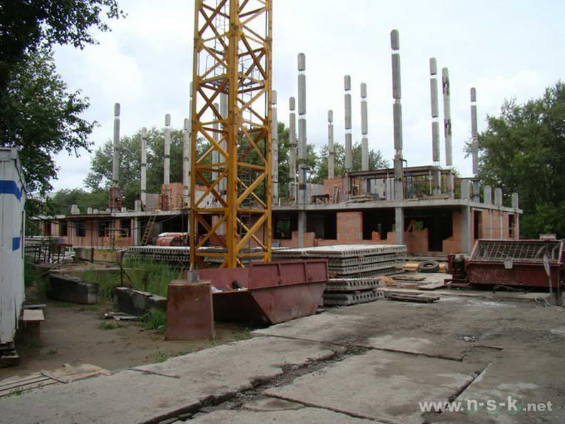 Беловежская, 4 (2/1 стр) фото как строится
