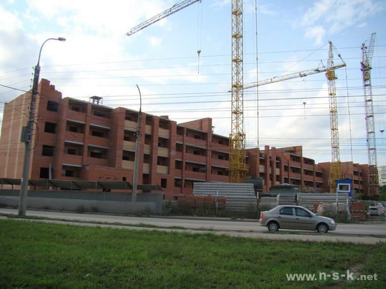 Сержанта Коротаева, 1 (Комсомольская, 18 стр) фото как строится
