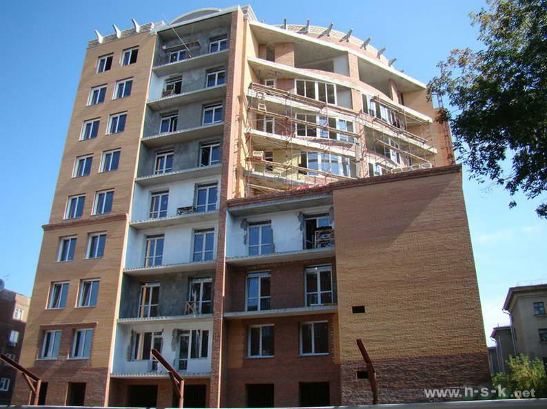 Крылова, 7/1 III кв. 2012