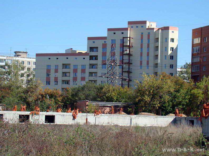 Титова, 200 III кв. 2012
