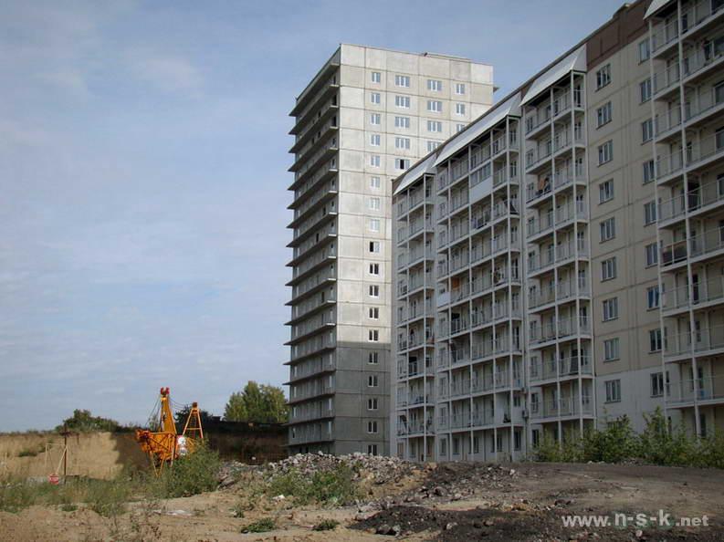 Татьяны Снежиной, 45/2, 45/3 (Высоцкого, 70, 71) III кв. 2012