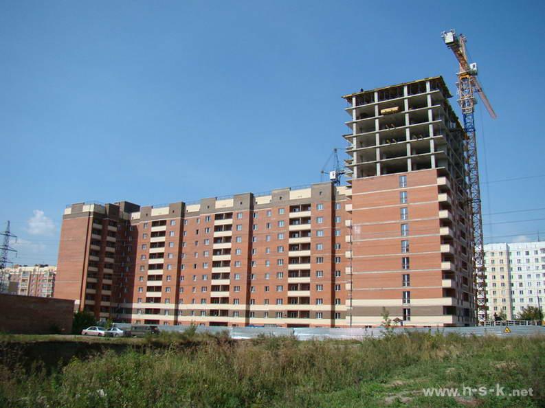 Выборная, 144/1 III кв. 2012