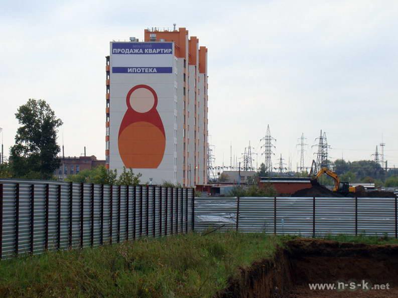 Петухова, 14/8 III кв. 2012