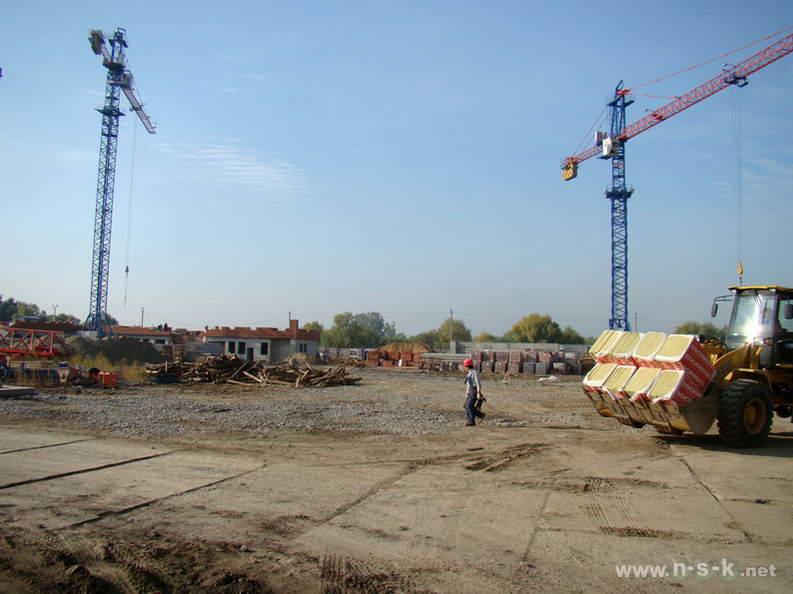 Большевистская, 124 (ГП 4) III кв. 2012