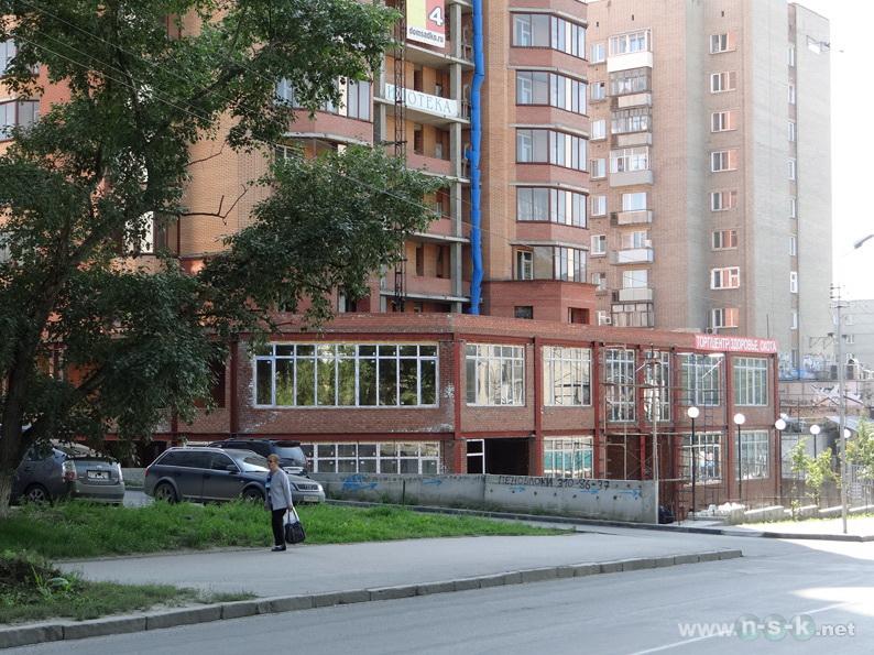 Кропоткина, 104а стр III кв. 2013