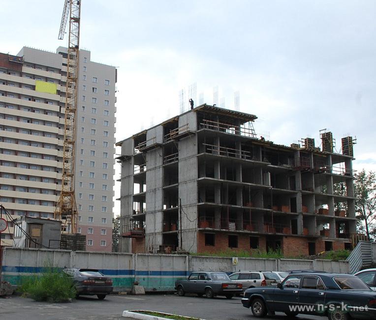 Первомайская, 228 (232/1 стр) III кв. 2013