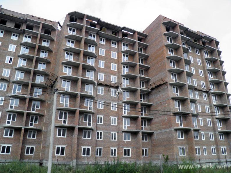 Связистов, 10 (147 стр), жилой дом Три тополя III кв. 2014