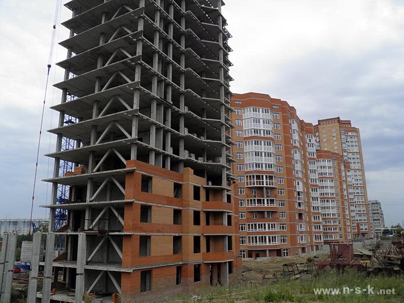 Высоцкого, 53 III кв. 2014