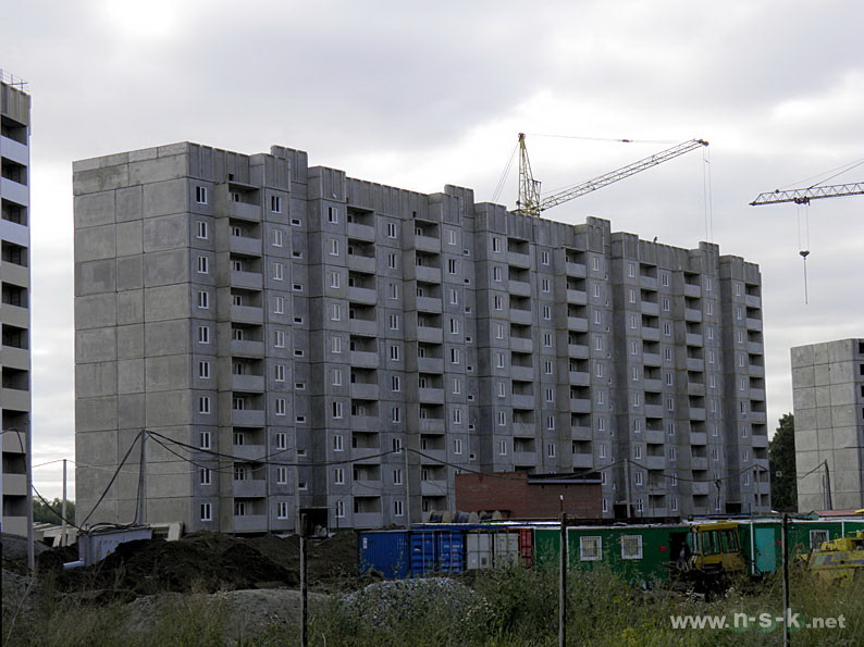Краснообск, 204/2 (204/3 стр) III кв. 2014