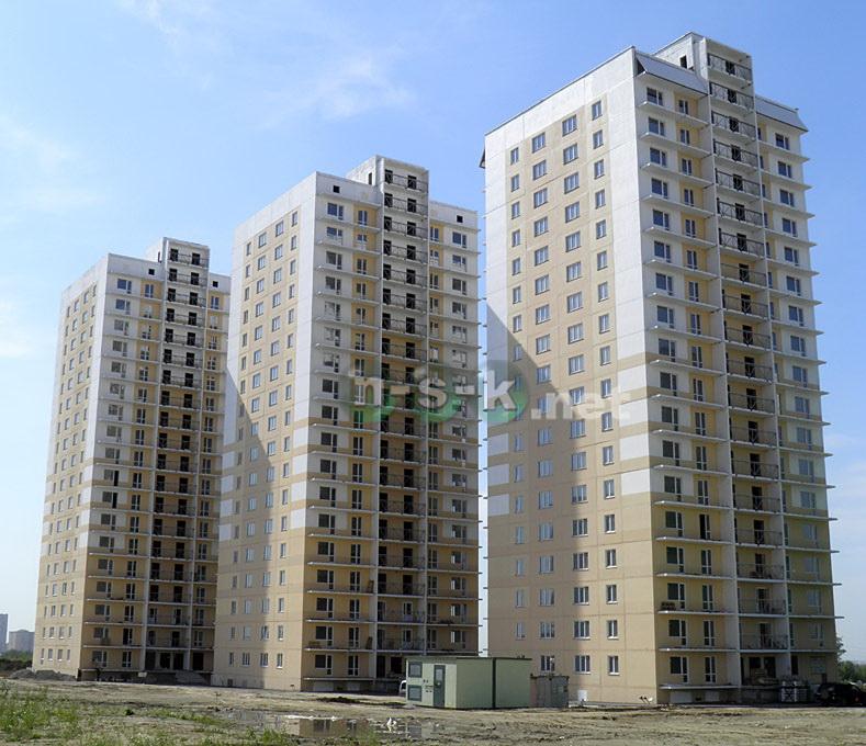 Высоцкого, 98 3 кв. 2015