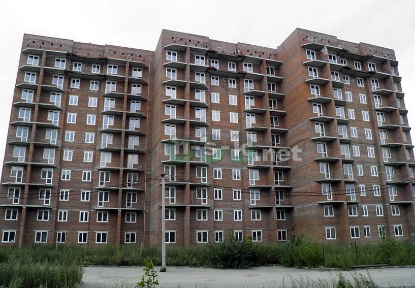 Связистов, 10 (147 стр), жилой дом Три тополя 3 кв. 2015