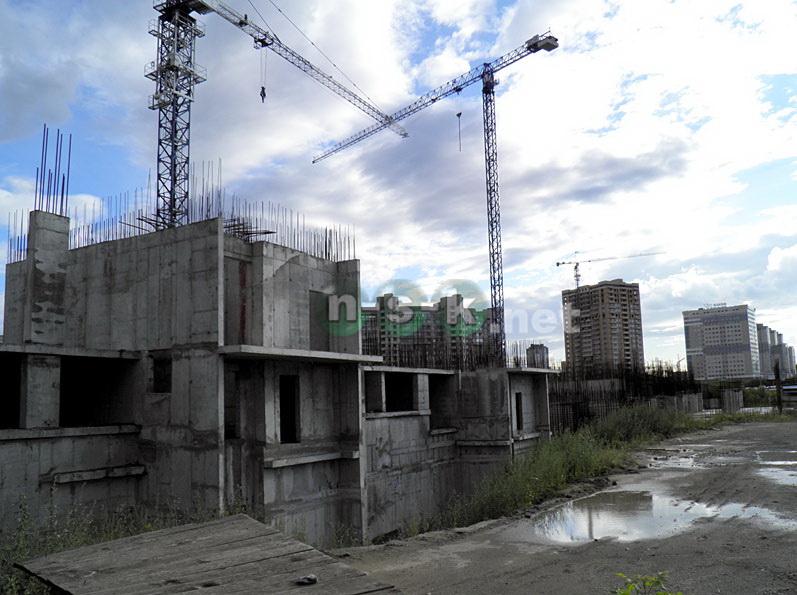 Кошурникова, 25 3 кв. 2015