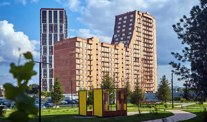 Чулымская 1-я, дом №10  (112/8 стр) фото со стройки лето-осень 2020