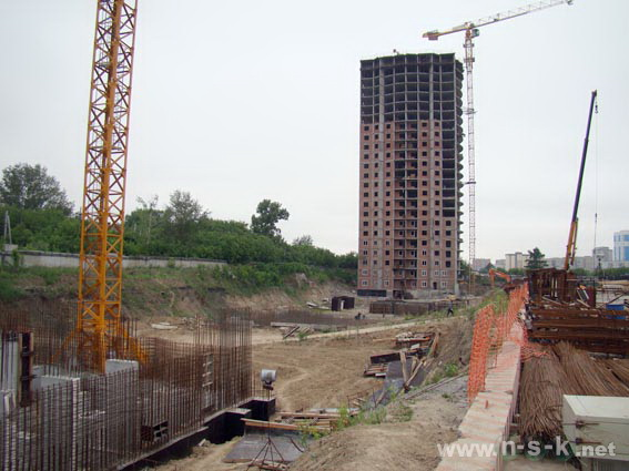 Кирпичная горка 5-я, 11, 12, 13, 16 фото динамика строительства