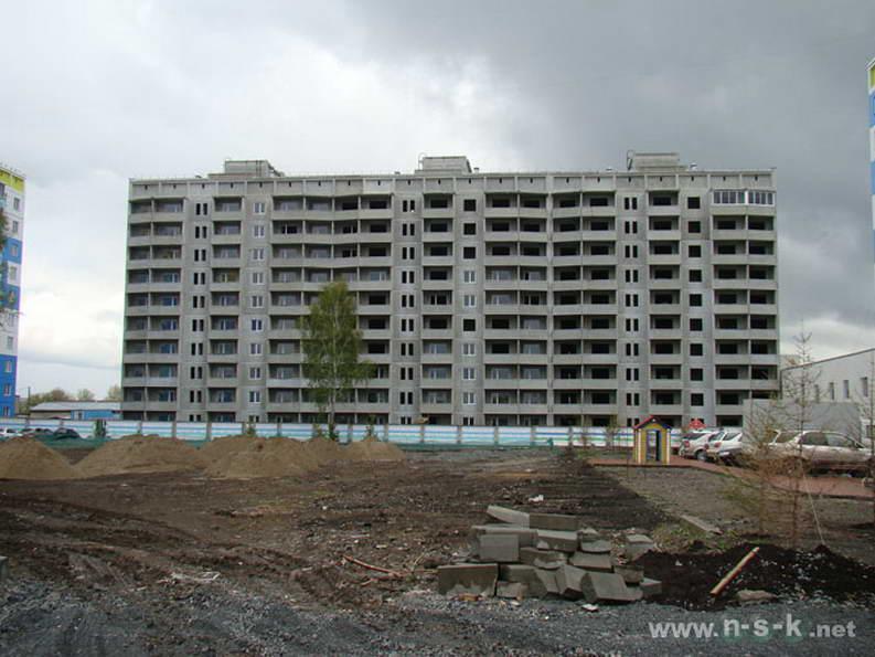 Сибиряков-Гвардейцев, 82 II кв. 2012