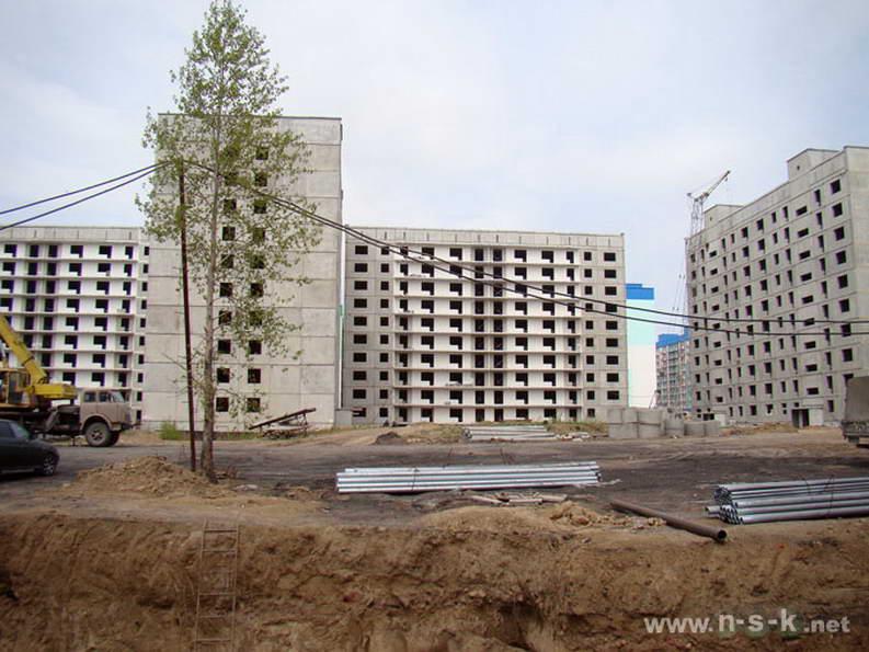 Татьяны Снежиной, 25/2 (Высоцкого, 53 стр) II кв. 2012