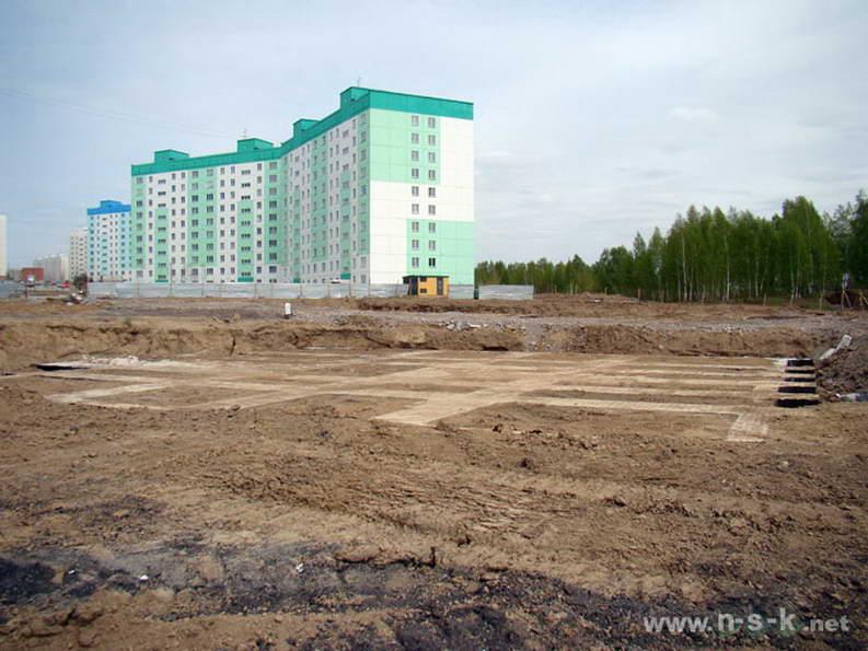 Татьяны Снежиной, 35, 37 (Высоцкого, 39, 40 стр) II кв. 2012