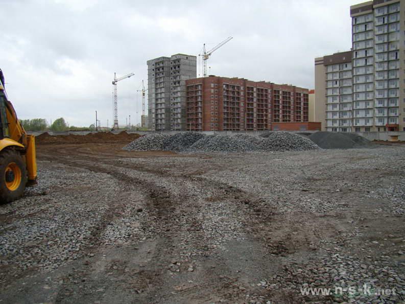 Петухова, 14/8 II кв. 2012