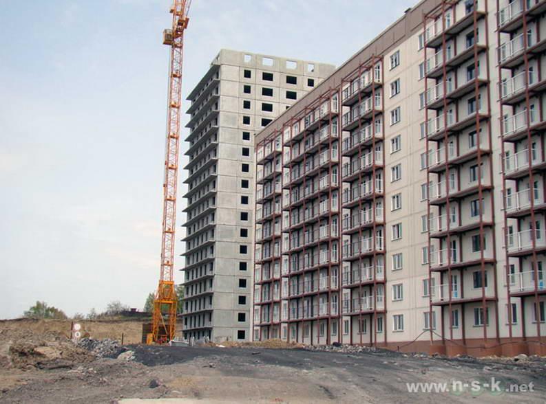 Татьяны Снежиной, 45/2, 45/3 (Высоцкого, 70, 71) II кв. 2012