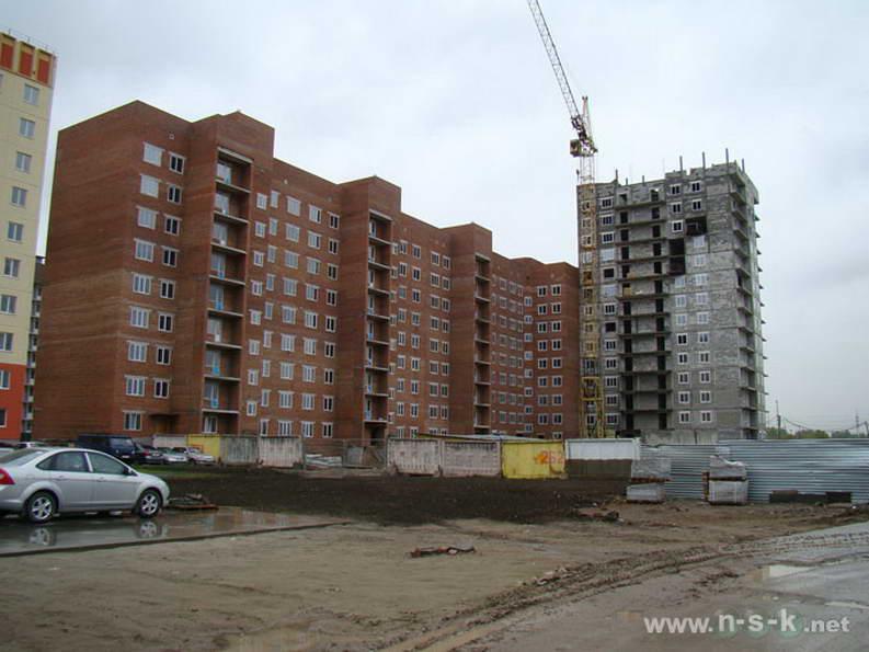 Петухова, 12/6 (3 стр) II кв. 2012