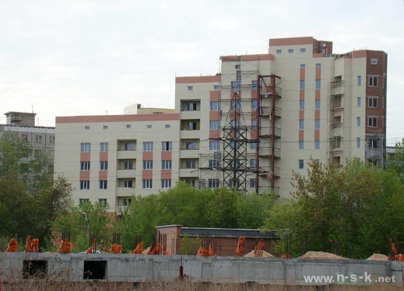 Титова, 200 II кв. 2012