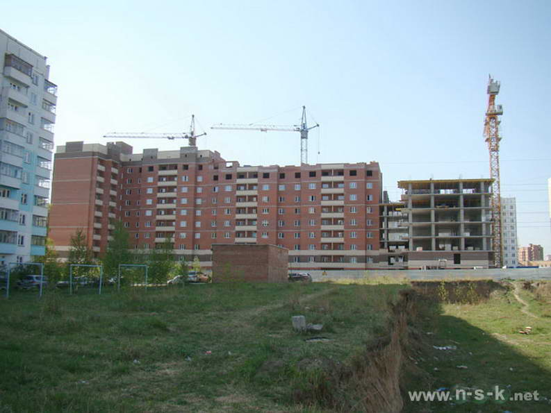 Выборная, 144/1 II кв. 2012