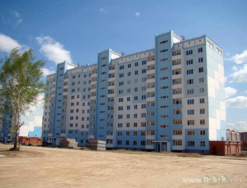 Тюленина, 24/2 (Гребенщикова, 405) II кв. 2012