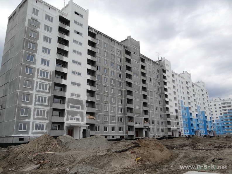Титова, 240/1 (20 стр) II кв. 2013