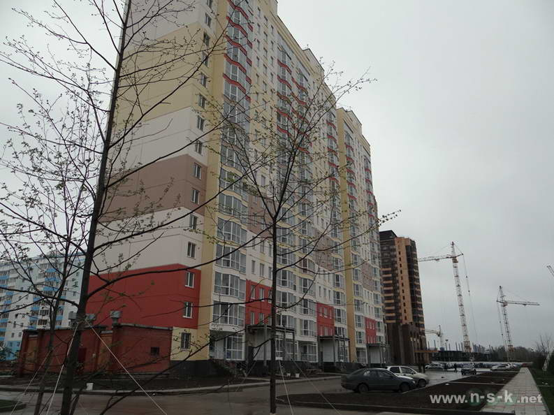 Тюленина, 24 (Гребенщикова, 401 стр) II кв. 2013