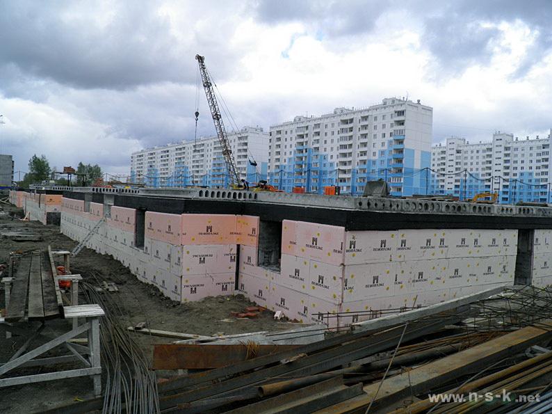 Титова, 248 II кв. 2014