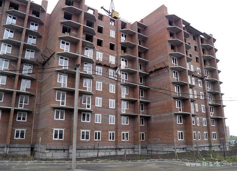 Связистов, 10 (147 стр), жилой дом Три тополя II кв. 2014