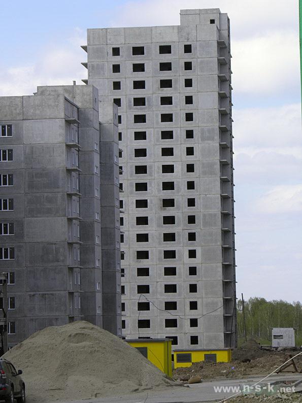 Высоцкого, 98 II кв. 2014