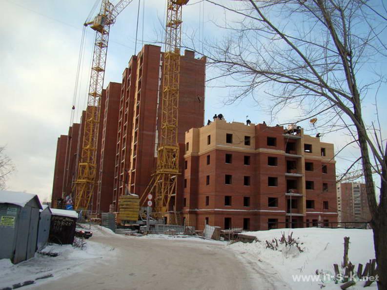 Кавалерийская, 9 IV кв. 2011