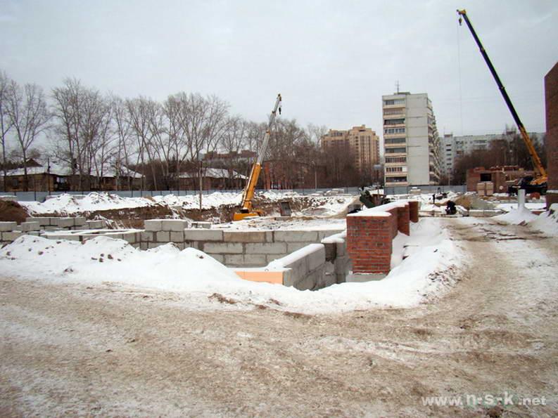 Российская, 21 IV кв. 2011