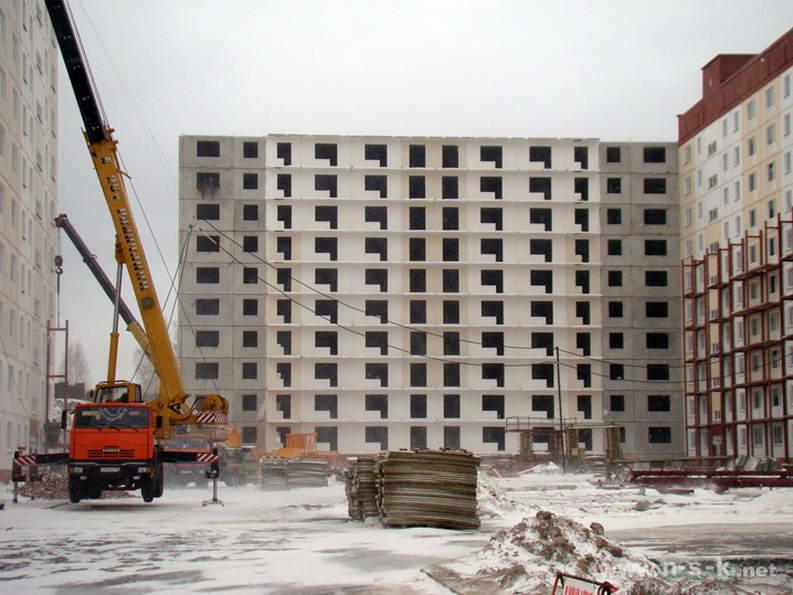 Татьяны Снежиной, 45/2, 45/3 (Высоцкого, 70, 71) IV кв. 2011