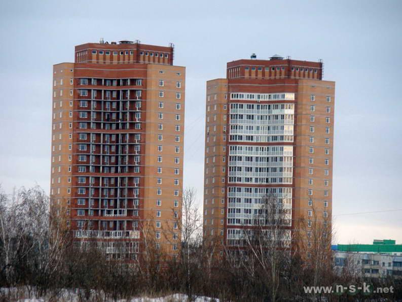 Высоцкого, 45 IV кв. 2011