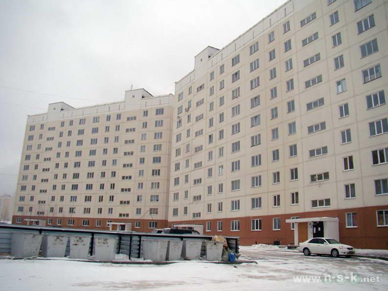 Татьяны Снежиной, 43 (Высоцкого, 33) IV кв. 2011