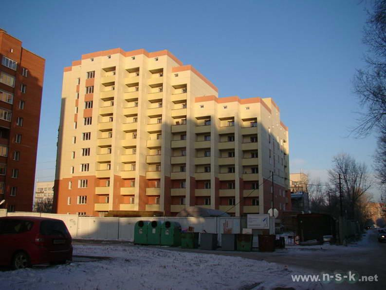 Титова, 200 IV кв. 2011