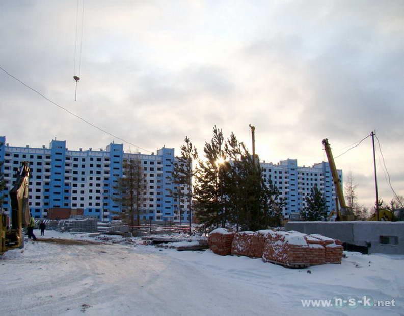 Тюленина, 24/2 (Гребенщикова, 405) IV кв. 2011