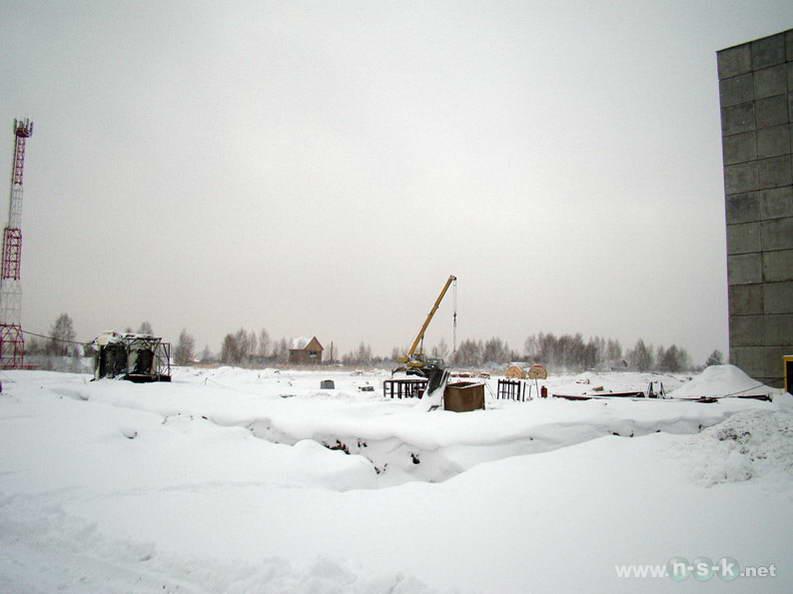 Татьяны Снежиной, 35, 37 (Высоцкого, 39, 40 стр) IV кв. 2012