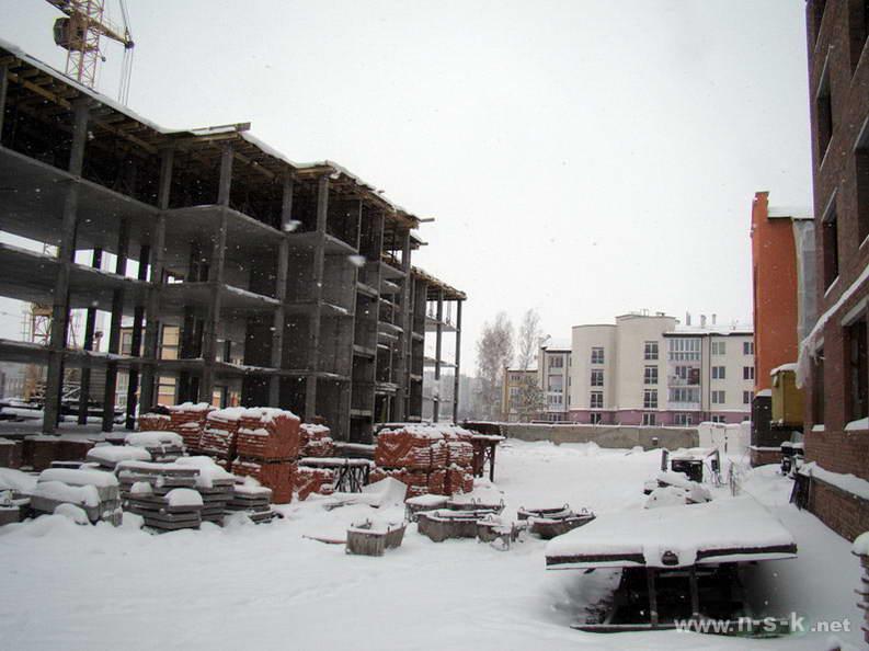 Краснообск, 6-й микрорайон, 3/5, 3/6, 3/7 IV кв. 2012