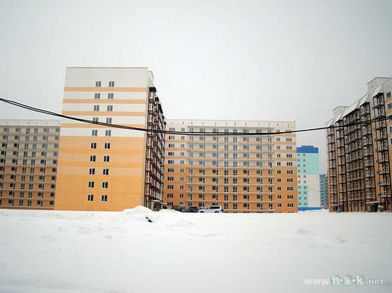 Татьяны Снежиной, 25/2 (Высоцкого, 53 стр) IV кв. 2012