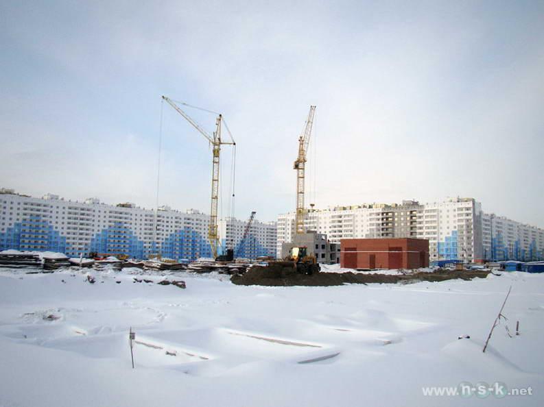 Титова, 238, 236/2 (27 и 28 стр) IV кв. 2012
