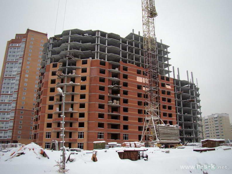 Высоцкого, 49 IV кв. 2012