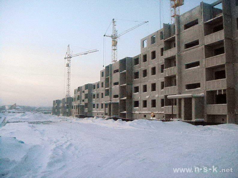 Титова, 240/1 (20 стр) IV кв. 2012