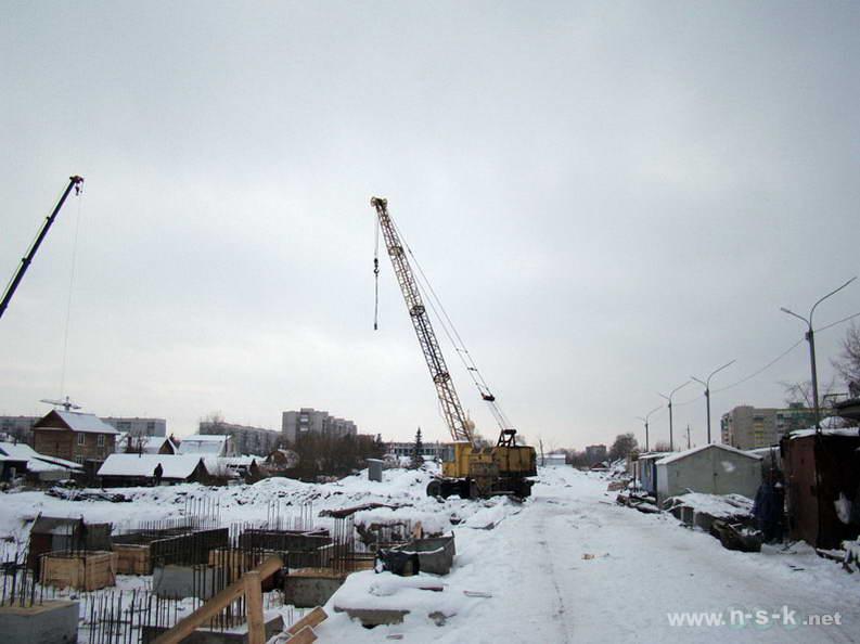 Пархоменко, 27 (25/1 стр) IV кв. 2012