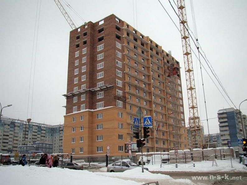 Лазурная, 28 IV кв. 2012