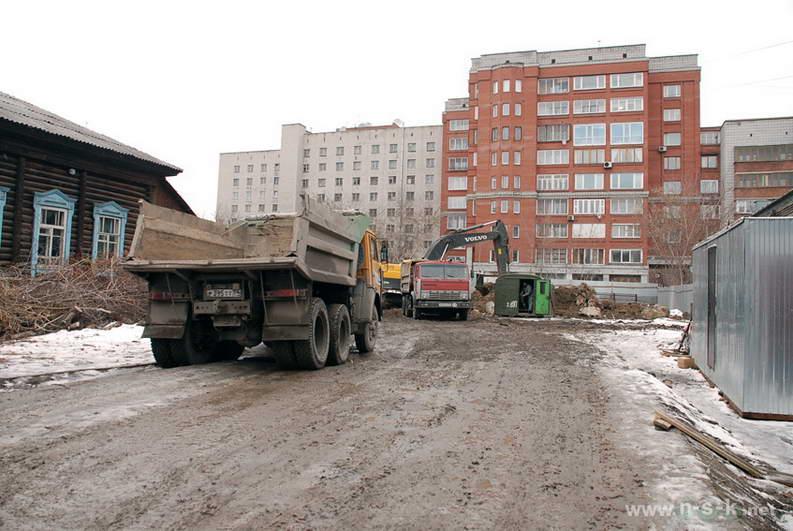 Журинская, 37 IV кв. 2013